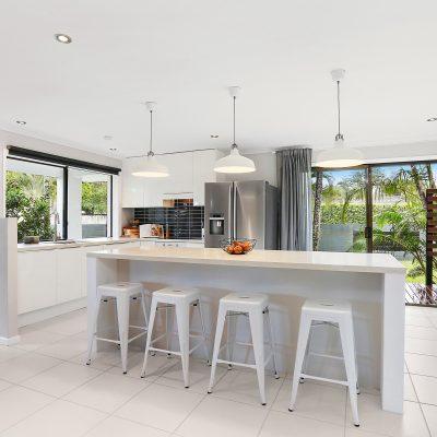 stone island benchtop, glossy white kitchen