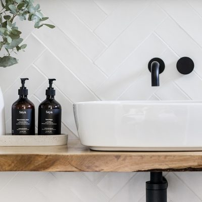 Ensuite basin and timber bench